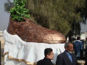 shoemonument