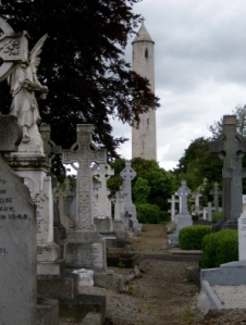 Glasnevin Cemetery, which opened in 1832, 2 years after the events described here. Via Wikipedia.